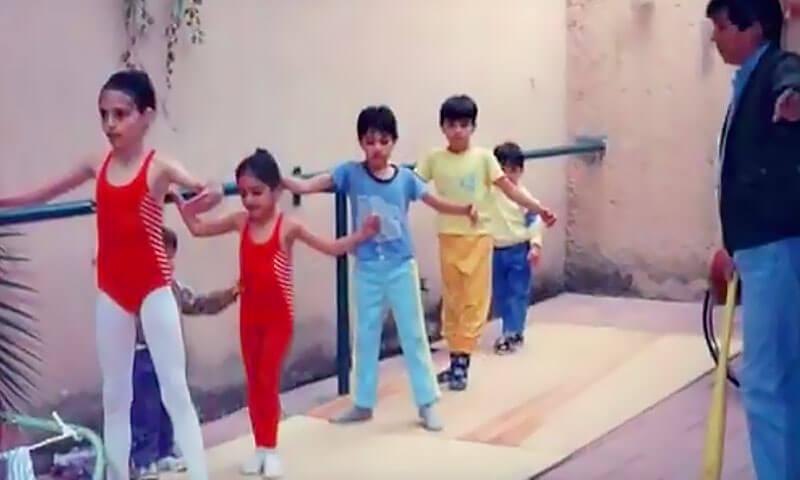 Familia Hernández practicando ballet