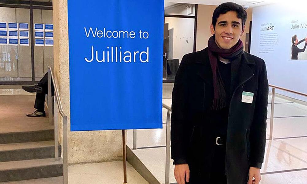 Pianista Eduardo de la Vega Garza celebra su entrada a a Juilliard